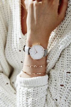 Rose Gold women's watch - grey leather strap   Bowery   Rosefield Watches Stylish Watches, Luxury Watches, Cool Watches, Watches For Men, Cheap Watches, Casual Watches, Swiss Army Watches, Accesorios Casual, Bracelet Cuir
