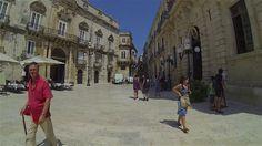 Syracuse, à elle seule, exprime toute la variété et la complexité culturelle de la Sicile.