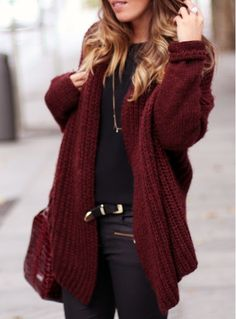 10 Winter Wardrobe Essentials You Can't Live Without – – knitting sweaters street style Cardigan Jeans, Gilet Jeans, Burgundy Cardigan, Maroon Sweater, Big Sweater, Comfy Sweater, Sweater Weather, Drape Cardigan, Crochet Cardigan