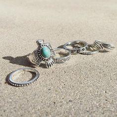 bijoux fantaisie pour femme et Idees cadeaux bijoux femme #cadeaubijouxfemme #cadeaufemme #bijouxfemme  Des bijoux fantaisie de créateur tendance 2016