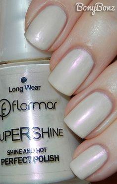 Flormar supershine 21 Flormar supershine 21 is to Joy Nails, Beauty Nails, Minimalist Nails, Rhinestone Nails, Bling Nails, Nail Manicure, Nail Polish, Manicures, Construction Nails