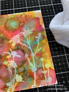 I spent some time this week experimenting with the new Alcohol Lift-Ink that was just released from Tim Holtz/Ranger. Alcohol Ink Glass, Alcohol Ink Crafts, Alcohol Ink Painting, Group Art Projects, Creative Activities For Kids, Ink In Water, Free Printable Art, Card Making Inspiration, Christmas Art