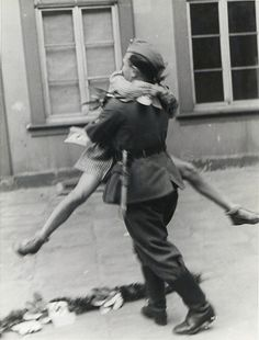 1942 when the soldiers came home