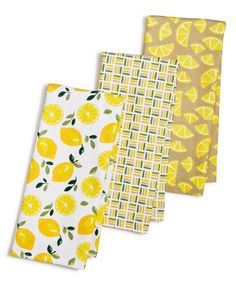 A sunny update for your kitchen decor, this towel set from Martha Stewart Collection features a cheery citrus motif that instantly brightens the room. Lemon Kitchen Decor, Yellow Kitchen Decor, Kitchen Themes, Kitchen Ideas, Kitchen Design, Cute Kitchen, Eat In Kitchen, Veggies Kitchen, Kitchen Stuff