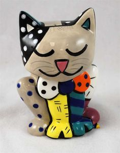 BRITTO Tan Kitty Salt & Pepper Shakers