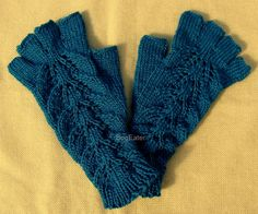 Hand Knit Peacock Fingerless Gloves, Teal wrist warmers, Teal fingerless gloves with fingers, peacock color wrist warmers - pinned by pin4etsy.com