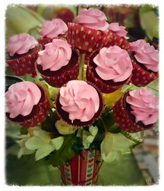 Red Velvet Cupcake Bouquet  #buttercupbungalow