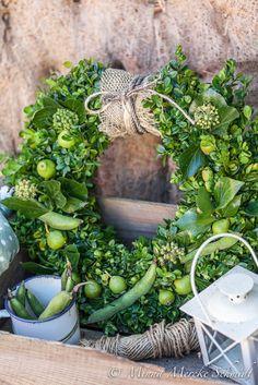 Blomsterverkstad: 10 fina höstkransar - så här gör du Avocado Toast, Floral Wreath, Wreaths, Garden, Flowers, Tips, Bouquets, Home Decor, Door Wreaths