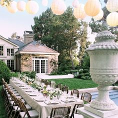 An alfresco table setting by Michael S. Smith
