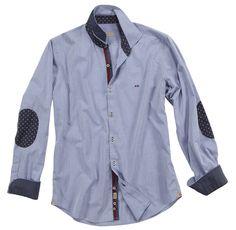 Camicia a tinta unita con toppe sui gomiti a contrasto. Seguici anche su                           www.redisrappresentanze.it