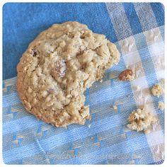 Oat and Sultana Cookies - Vagabond Baker Oat Cookies, Delicious Cookies, Sweet Treats, Xmas, Baking, Desserts, Recipes, Food, Oatmeal Raisin Cookies