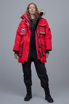 Canada Goose Parka, Canada Goose Jackets, Canada Goose Women, Warm Coat, Winter Coat, Cool Poses, Cyberpunk Fashion, Drawing Clothes, Snow Suit