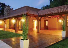 Casa colonial chilena moderna buscar con google casa for Casas estilo colonial moderno