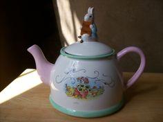 """Beatrix Potter """"Peter Rabbit"""" Teleflora Tea Pot - Tea Sets"""