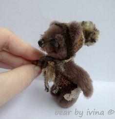 medvídek cestovatel Emoušek Bears, Miniatures, Teddy Bear, Animals, Animales, Animaux, Teddy Bears, Animal, Animais