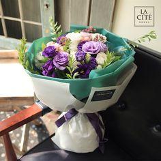 紫色系玫瑰龙胆花束