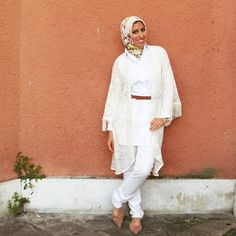 white lace kimono hijab, New trends just for hijab http://www.justtrendygirls.com/new-trends-just-for-hijab/