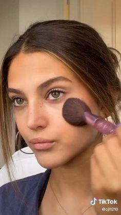 ✰ 𝚙𝚒𝚗 - 𝚋𝚢 𝚊𝚗𝚊 🦋 Makeup Eye Looks, Natural Makeup Looks, Cute Makeup, Glam Makeup, Pretty Makeup, Simple Makeup, Skin Makeup, Mode Inspiration, Makeup Inspiration