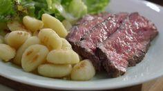 Gnocchis grillés | Cuisine futée, parents pressés Quebec, Recipe For 4, Types Of Food, Tuna, Food Inspiration, Healthy Eating, Pasta, Beef, Fish