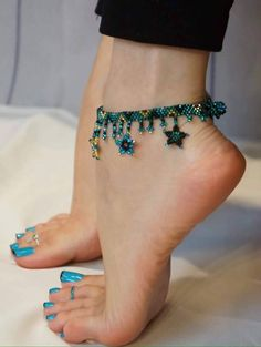 Only sexy feet : Photo Nice Toes, Pretty Toes, Feet Soles, Women's Feet, Sexy Zehen, Cute Toe Nails, Barefoot Girls, Barefoot Running, Foot Socks