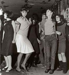 beehives-in-swinging-London-1960s                                                                                                                                                                                 More