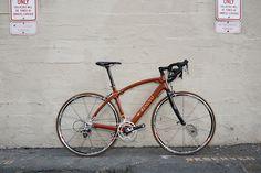 Renovo R4 Pursuit Wooden Bike