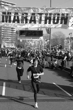 Philadelphia Marathon http://twinsruninourfamily.blogspot.com/2012/04/redefine-possible.html