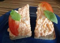 Lososová pomazánka Sushi, Eggs, Breakfast, Ethnic Recipes, Food, Egg, Hoods, Meals, Egg As Food