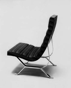"""A good chair should look as if could spring at you or take you in its arms"" - ROGER BANKS-PYE - (""Chrome Base Chair"" designed by George Nelson in Living Furniture, Furniture Decor, Modern Furniture, Furniture Design, Love Chair, Cool Chairs, Lounge Chairs, Soft Seating, Mid Century Chair"