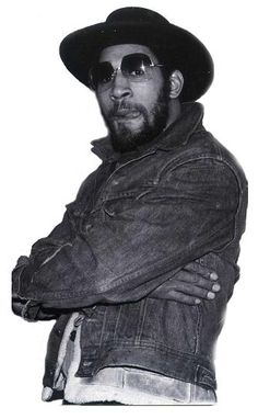 DJ Kool Herc! The DNA of the true sound of HipHop. Say this don't look like DomiNeko haha