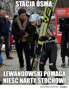 Lewandowski pomaga Stochowi Polish Memes, Something In The Way, Funny Mems, Robert Lewandowski, Ski Jumping, Everything And Nothing, Marvel Actors, Just Smile, Wtf Funny