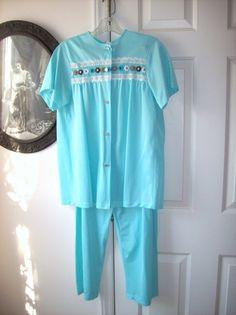 Vintage Pajamas Comfy Nylon Teal Size 34 by TenderLane on Etsy, $16.00