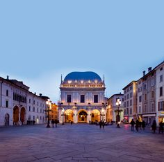 It is the most beautiful square in Brescia and was inaugurated in 1433.  	It is dominated by the magnificent Renaissance Palace of the Loggia, nowadays the town hall. Its building began in 1492. The upper part was finished circa 1570 to the design of Jacopo Sansovino and Andrea Palladio. The splendid decorative sculpture that adorns the palace is in classical style.