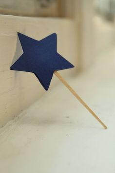Star cupcake toppers by Aieventsandparties on Etsy