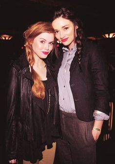 Holland Roden (Lydia) and Crystal Reed (Allison) behind the scenes of Teen Wolf.