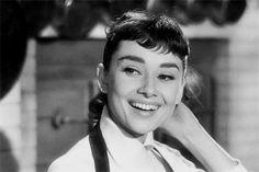 Audrey Hepburn Animated GIFs (24)