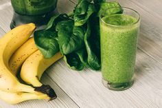 Peanut Butter And Banana Smoothie Nutrition Program, Fitness Nutrition, Health Snacks, Health Diet, Smoothie Diet Plans, Health And Wellness Quotes, Healthy Weight Gain, Wellness Programs, Healthy People 2020 Goals