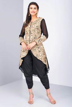 TRIPTI G. COUTURE black embroirdered kurti with dhoti pants #flyrobe #weddings #indianweddings #mehendioutfits #indianbride #designerwear #dhotipants