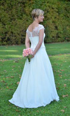 Robe de mariée sur-mesure Chambéry-Grenoble Juliette Deleu Faramond http://juliettedeleufaramond.com