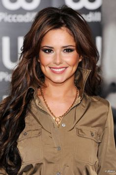 This hairstyle exactly!  This is what I want.  ... for today at least.  (Cheryl Cole)