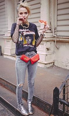 Love this outfit except for her red purse things things || Desert Lily Vintage || vintage fashion. sustainable fashion. eco fashion. retro. bold and empowered. 80s