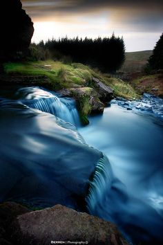 Brecon Waterfall, Brecon Beacons National Park and Fforest Fawr Geopark, Pontneddfechan, Wales