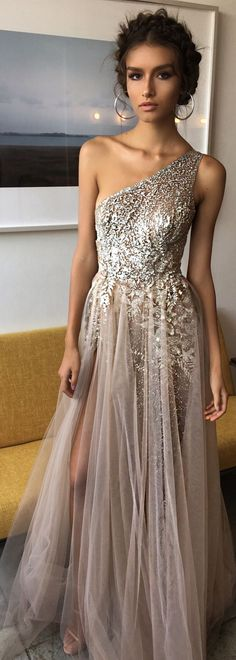 Nude dress with glitter - LadyStyle