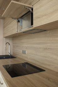 Jeszcze niedawno, oferta okapów podszafkowych na rynku była dość uboga. W przeciągu ostatnich lat wiele w tej kwestii się zmieniło. Oka... Kitchen Design, Kitchen Ideas, Kitchen And Bath, Kitchens, House Design, Deco, Wood, Kitchen Storage, Interior Design Kitchen