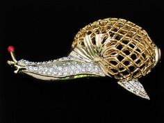 "GOLD TONE CLEAR RHINESTONE BUG INSECT CRAWLING SLUG SNAIL PIN BROOCH JEWELRY 3"" #Unbranded"