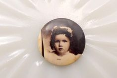 Antique Mourning Button Pinback Brooch Little Girl