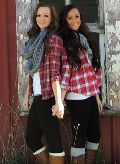 Best Friend Pictures Bff Pictures, Best Friend Pictures, Friend Photos, Senior Pictures, Picture Poses, Picture Ideas, Photo Ideas, Best Friend Poses, Best Friend Photography