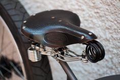Detail of Brooks leather saddle on custom Firebikes Fluid by Gatz Cascais. Riding Helmets, Detail, Hats, Leather, Hat