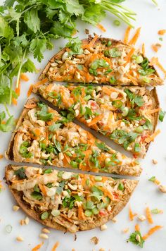 Light Thai Peanut Chicken Flatbread is a quick and healthy recipe perfect for a weeknight dinner! A thin and crispy flatbread is topped with Crock Pot Thai Peanut Chicken, cheese and crunchy vegetables and peanuts! Flatbread Toppings, Flatbread Pizza Recipes, Chicken Flatbread, Quick Healthy Meals, Healthy Cooking, Healthy Eating, Cooking Recipes, Healthy Recipes, Thai Chicken Pizza
