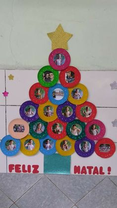 Christmas DIY Crafts for kids Christmas is fast approaching and kids would be . Christmas Door Decorations, Christmas Themes, Holiday Crafts, Christmas Ornaments, Christmas Candles, Kids Crafts, Preschool Crafts, Preschool Christmas, Kids Christmas